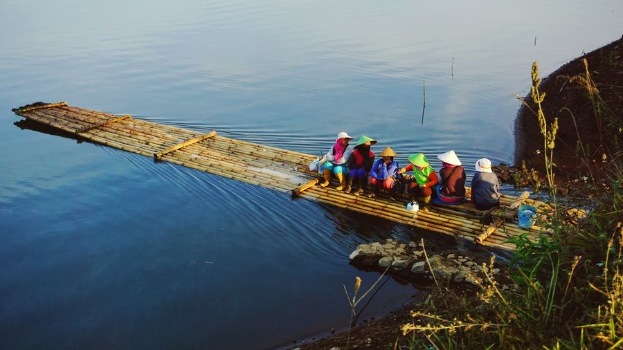 Work Adult Working Outdoors Water People Women Manual Worker Done That. Been There. The Week On EyeEm Eyeem Photo Of The Week EyeEm Photo Of The Day Lake Nature Transportation Rowboat Wood - Material Mode Of Transport Morning Landscape Bandung INDONESIA