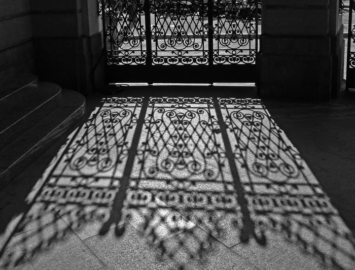 Black & White Flooring Gate Iron Gate Perspective Shadow And Light Shadows & Lights Black And White Black And White Photography Blackandwhite Blackandwhite Photography Decoration Decorations Design Floor Flooring Iron Gates Lace Metal No People Nocolor Selective Focus Shadow Shadows