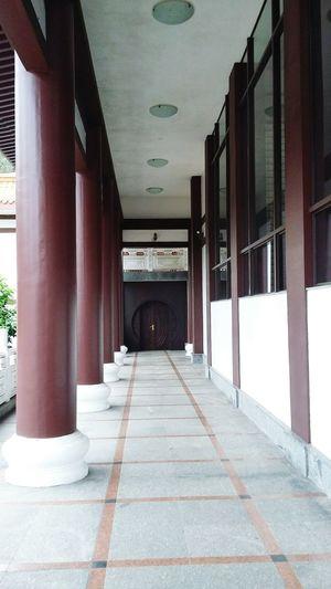 Porta da humildade do para monges. Templozulai Templo ♡♡ Templobudista