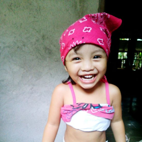I miss you 😘👧 Smiling Happiness Niece 💕 Myhappypill EyeEmNewHere Mobile Photo Mobile Photography