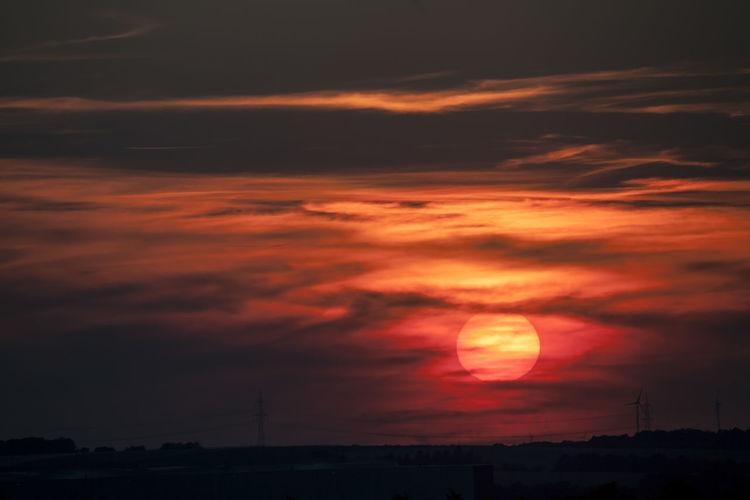 ©️919 sunset.