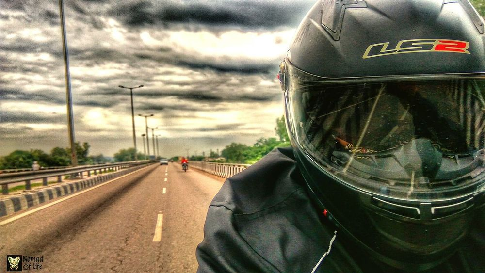 While on the road 🇮🇳 Cloud - Sky One Person One Man Only Adult People Men Only Men Day Sky Adults Only Outdoors Army NOMAD Traveldiary2017 Travelgrams Highways&Freeways Bikelife Motorcycle Motorcycle Photography Eyeemphotography Nomad EyeEm Wanderlust Highwayphotography Photography Closeup Photography