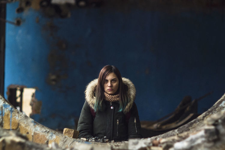 so many faces ... Face Portrait Portrait Of A Woman Portrait Photography Factory Hardwork Abandoned Abandoned Buildings Destroyed One Person Darkness Redhair Manuallens Manual Focus Helios Helios40