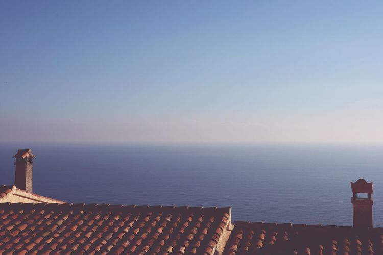 Life Style Travel Destinations Architectural Detail Architecture House Sea Water Sky Horizon Over Water Outdoors No People Day Nature Sea And Sky Abstractarchitecture Architecture Details Mediterranean  Tranquility Blue Spaın Roof