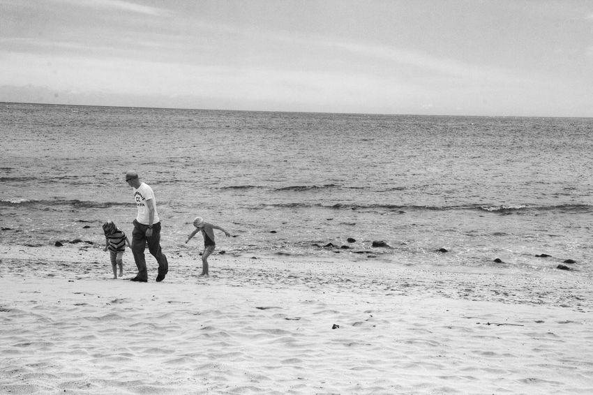 Great Views Photography Beach Water EyeEm Nature Lover Blackandwhite Black And White Beachphotography Monochrome Family