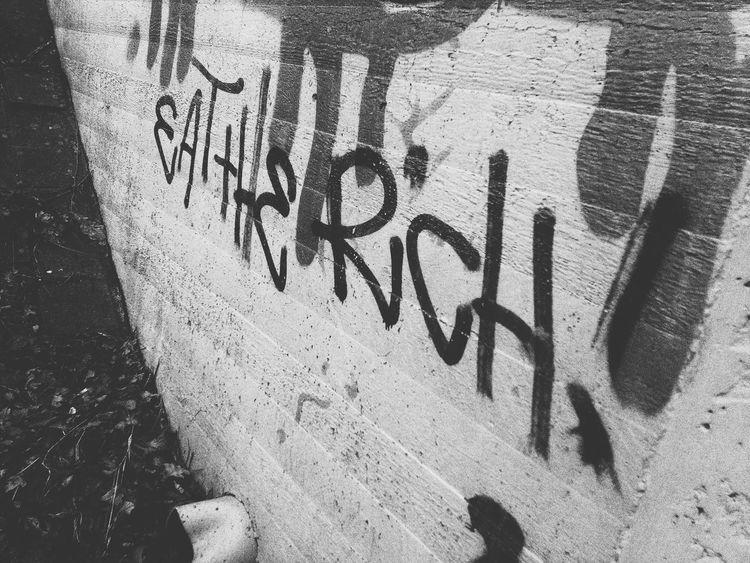 Motto Graffiti Wall Words Words Of Wisdom... Worte Text Rich Reich