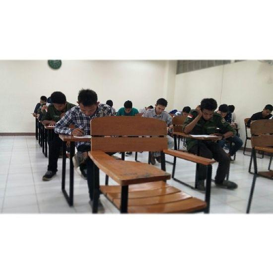 Suasana ujian. Exam Mechatronics Plc Final