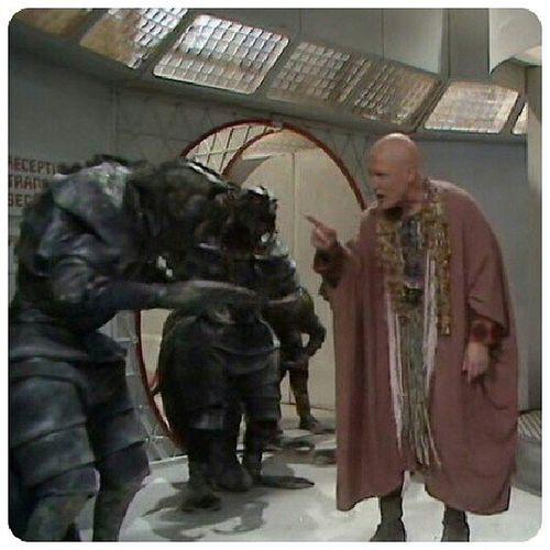 Il est bizarre Mace Windu... TheMutants DoctorWhoClassic