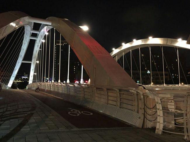 騎腳踏車 願景橋