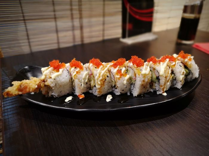 softshell crab roll Tobikko Softshellcrab Softshell Crab City Sushi Appetizer Gourmet Seafood Tradition Fish Rice - Food Staple Japanese Food Served