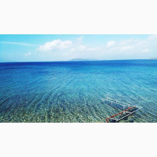 It's very nice sea