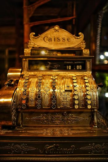 No People No Person Day Caisse Cash Antique Gold Colored Table Wealth Close-up Vintage Aged Analog Display Shop Collection