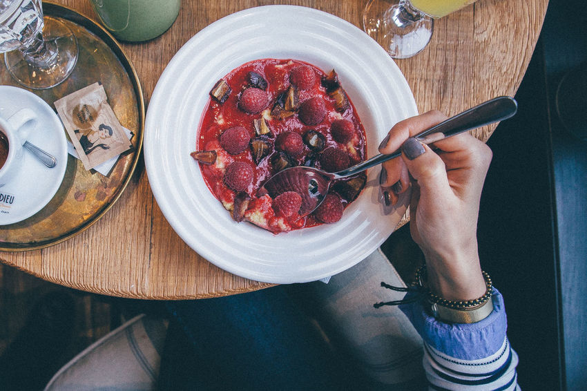 Breakfast Eating Food Food And Drink Hands Healthy Eating Lifestyles Morning Porridge Rapsberry Things I Like
