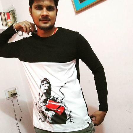 how dis ?? New Fullsleeve Tshirt Superman Blacknwhite Instalike Instagood Instalove 😚