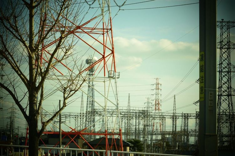 Power Line  Cable Electricity  Power Supply Electricity Pylon Sky Building Exterior Streetphotography 日々 Day 生きる Lifeforce Life Force