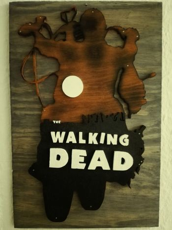 "@selfmade The walking Dead ""Daryl"" Walldecore Wood - Material Text No People Close-up Tribute Silhouette Old-fashioned The Walking Dead Daryl Motorcycle Zombie"