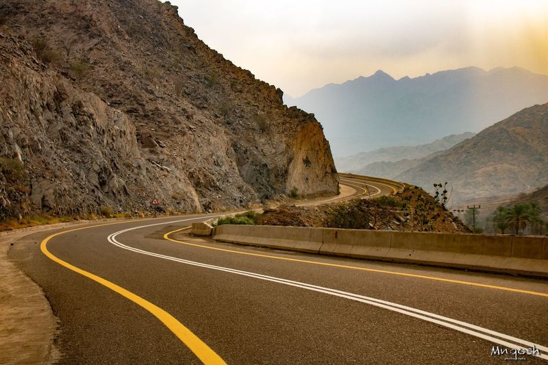 Zeg zag way Road Transportation Mountain Road Marking Marking Beauty In Nature Nature