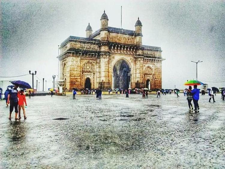 Gateway of india,mumbai Indiapictures India Eyemotion. Creazy People Hello World Ourlife Check This Out Hi! India_clicks Nice Day Rainy Days☔
