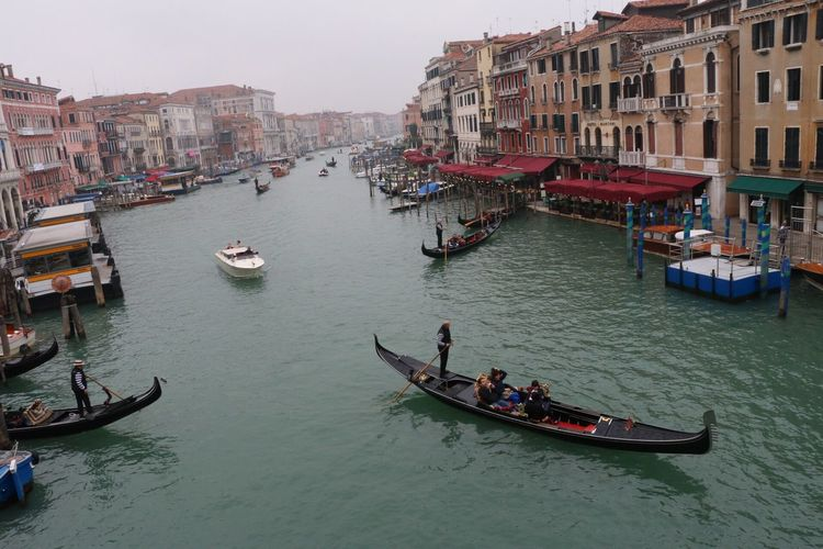 From Ponte Di Rialto Venezia Gondola - Traditional Boat Travel Destinations Mode Of Transport Smog In The Morning