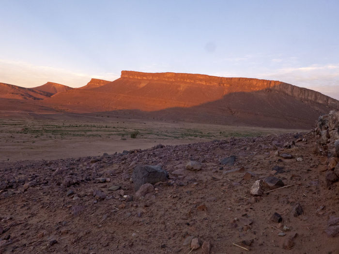 Sunset in the Sahara desert in Morocco Scenics - Nature Landscape Environment Mountain Sky Tranquil Scene Tranquility Beauty In Nature Non-urban Scene Outdoors Arid Climate Climate Morocco Sahara Desert Sunset Sunrise Mood Evening Valley Africa Mountain Range Table Mountain Rock - Object Eroded