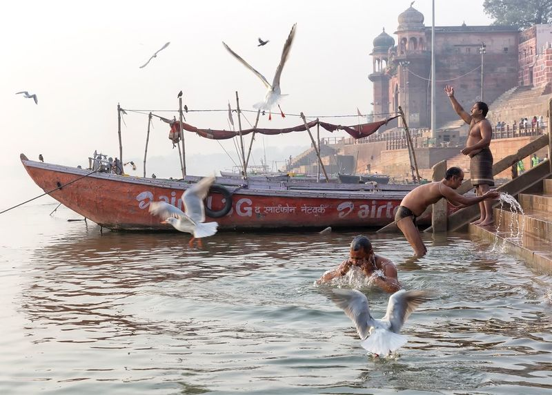 Morning bathe on the Ganges river in Varanasi Uttar Pradesh. January 21, 2017. Real People River Ganges River Travel Photography Indian Incredible India Documentary Travel India Storytelling Check This Out Varanasi Waterfront Hinduism People Cultures EyeEm Best Shots - People + Portrait People Photography Streetphotography Street Photography Religion