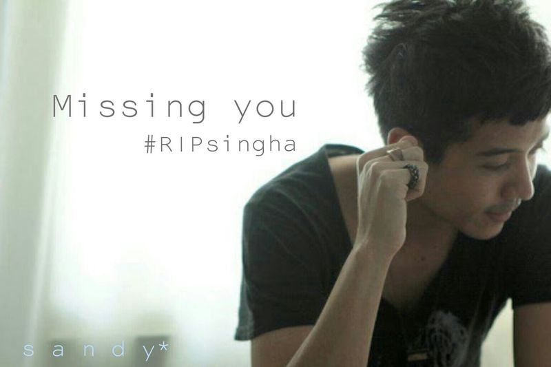 """Singha"" his nickname, He's musician (Guitar) of Swqeez Animal. Today's morning have news his died. I've feeling really sad. Ripsingha RIP :( SinghaSqweezAnimal Musician Missing Sad :( RestInParadise"