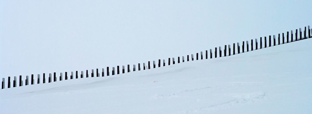 Simple but impressive ... Just the snow and the fence agains snow avalanches ... Austria Beautiful Goldeck Hiking Kärnten Landscape Outdoors Schnee Simple Photography Snow Structure Winder Winter Österreich