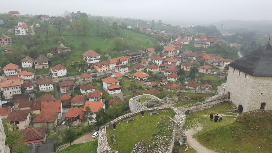 Hanging Out Hello World Enjoying Life Taking Photos Relaxing Stone Wall Old Ruin Residential Structure History Historical Monuments Historical Sights Historical Building EyeEm Best Shots Hello World ✌ Hello ❤ Built Structure Building Exterior Tourist Attraction  Bosnia And Herzegovina Tešanj Historical Helloworld Famous Place View From My Point Of View HelloEyeEm