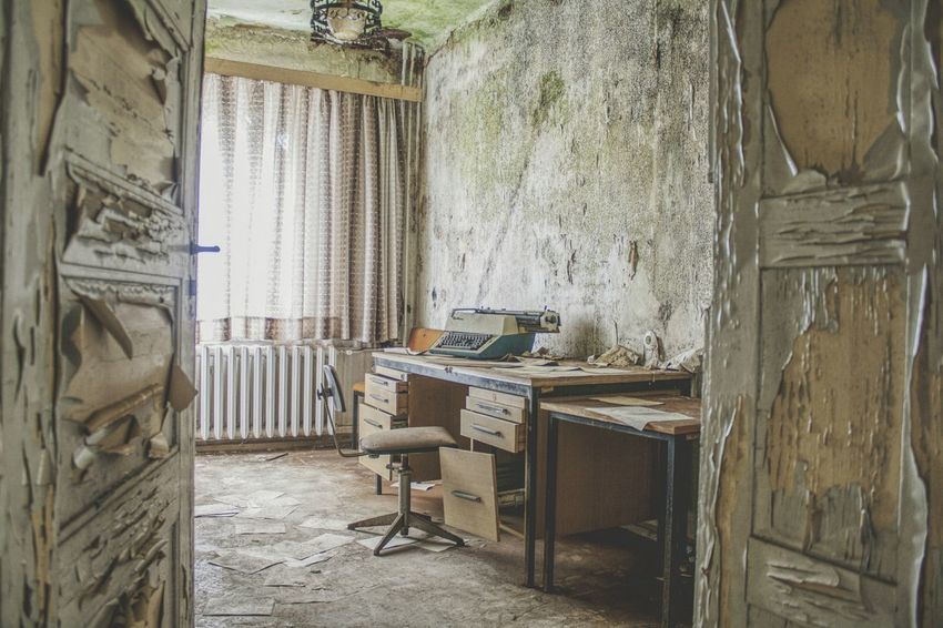 Urbex Urbexphotography Abandoned Abandoned Places Abandoned Buildings Abandoned House Urbexexplorer Urbanexploration Old Decay Urbex_rebels Old Interior Urbexworld Nature Photography Interior Light Creepy Hotel Curtain Chair Window Architecture Room