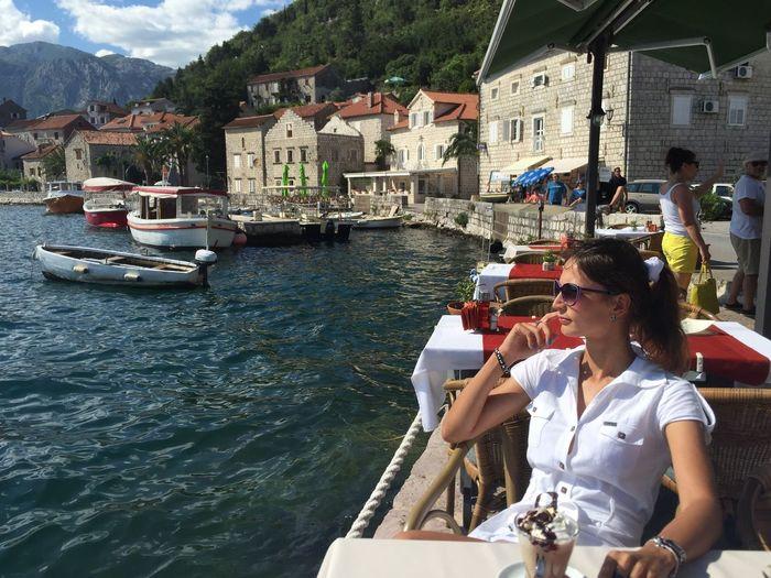 Сижу и не тужу 😜☕️🍦 Hello World Taking Photos Kotor Bay Ig_worldclub IPhone Photography путешествия Черногория Travel Montenegro Traveling