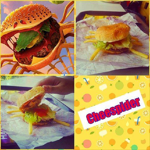 Xem cơn mưa thịt viên 2 xong ám ảnh con này vđ, thấy burger cứ sợ sợ :))) Cheespider Humburger Cheese Meatball2