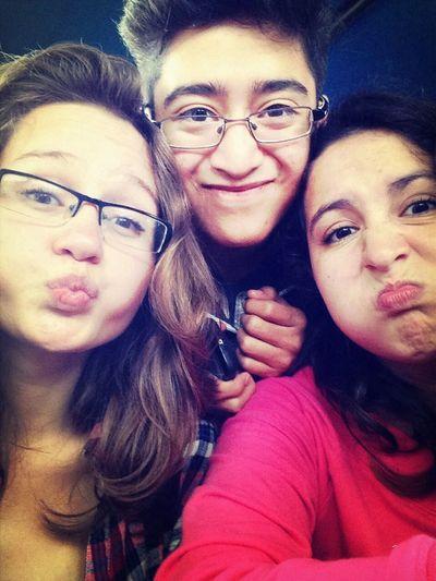 Con mis amigas :)