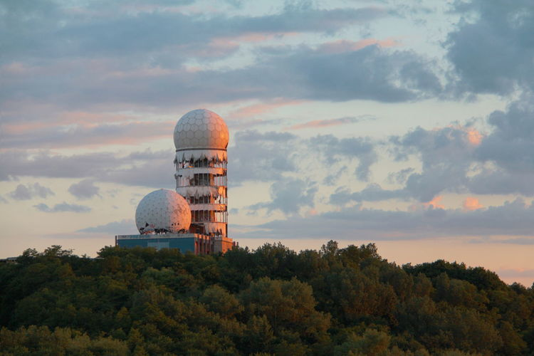 Cloud - Sky Built Structure Sunset History Tower Teufelsberg Sky Tree Building Exterior Abandoned Places Berlin Photography Berlin Teufelsberg Berlin EyeEmNewHere