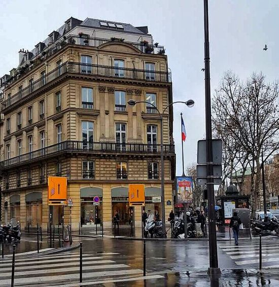 City City Street Travel Destinations Architecture Building Exterior Outdoors No People Day Nature Close-up My Favorite Place Urban Geometry Paris France 🇫🇷 France Photos France Streets
