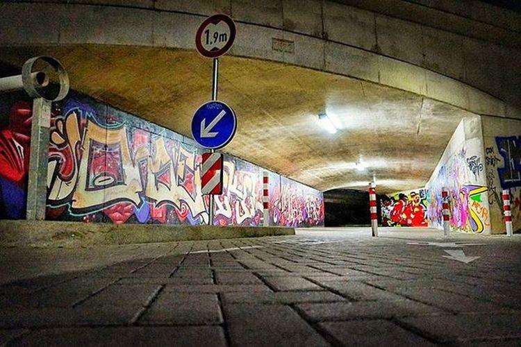 Bielefeldjetzt Bielefeld Streetart Graffiti Nightshot Photooftheday Photography