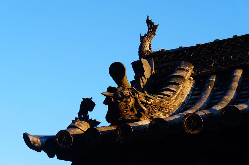 Architecture Building Exterior History Statue Roof