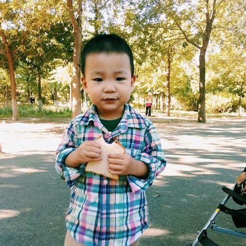 Vscocam 壮壮 Morning 奥林匹克森林公园 奥森 eat breakfast bread