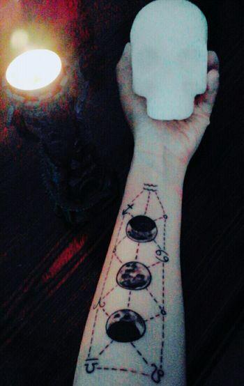 My family Fases De La Luna MyMoon Themoonisbeautiful Laluna Fasi Lunari Tattuajes Tatuaggio Tatuaje Tatuaggi  Zodiac Sign Zodiac Photography Simbol Symbol Myworld Paganism Simbologia Simbols Hecate Diana Isis Artemisa Diosas Three Moons Close-up