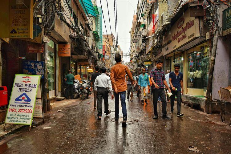 Real People Men Walking People City Street Streetphotography Streetphoto Street Photography Delhi DelhiGram Delhi6 Delhiexplorer