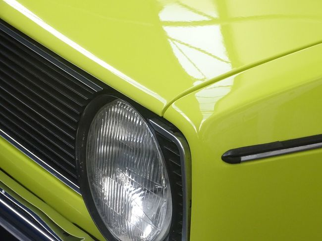 nice photo of vw golf Car Close-up Detail Green Color Light Modern Volkswagen Vw_golf