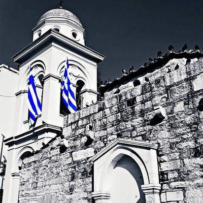 Greek orthodox church Ig_athens Athensvoice Athensvibe In_athens welovegreece_ greecestagram wu_greece ae_greece igers_greece greece travel_greece iloveellada architecture archilovers architecturelovers splash_greece splashmood splash bd_greece bnwsplash_perfection bnw_captures skypainters greek bnwsplash_flair greecelover_gr loves_greece photocontest_gr church ig_splash prestige_pics_