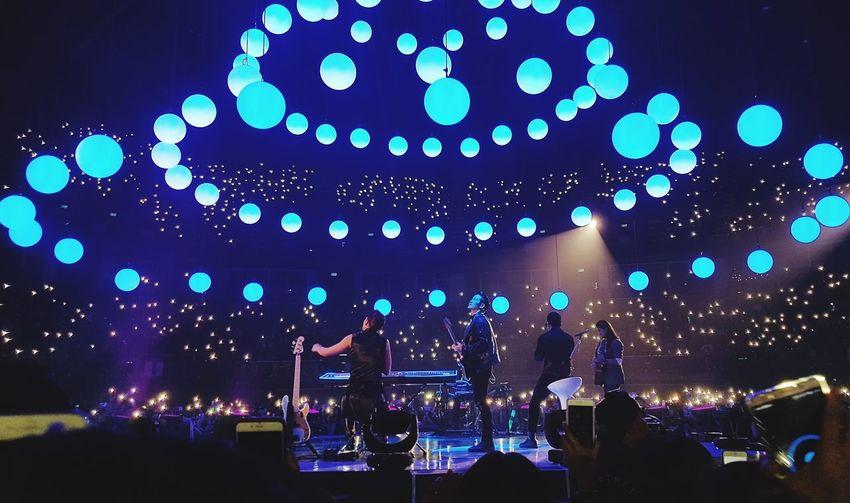 Indoors  Concert Slotmachinerock TheMothershipConcert Thailand SpinTheWorld SlotMachineBand Music FantasticShow