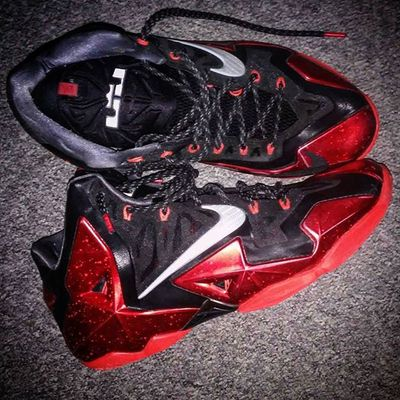 Nike Lebron James Kingjames 11 Eleven Lebron11 Basketball BasketBallneverStops Nikebasketball Miami Heat Swoosh Sneakers Kickstagram Kicks Igkicks Kotd NBA Champion Masterpiece Black Red