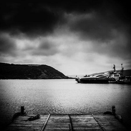 Enjoying Life Bisgen Relaxing Eye4photography  EyeEm Best Shots Blackandwhite Black & White Sensizlik Seaside Istanbul
