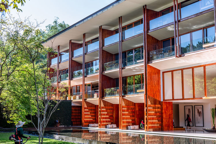 Architecture Built Structure Building Exterior Building Window Day City No People Nature Glass - Material Plant Residential District Tree Outdoors Sunlight Sky House Multi Colored Reflection Modern Apartment Business Modern Architecture Modern