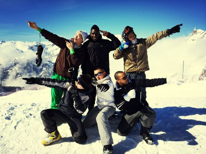 Popular Photos Hello World Holiday Snowboard séjour au top avec la famille!