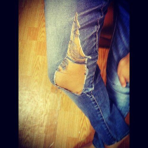 Allegrachi 0819 走一種破褲的風格 跌倒都沒有這麼慘哈哈?? 破褲