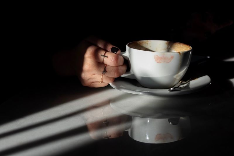 Real People Holding Shadows & Lights Ring Lipstick Drink Cup Mug Refreshment Coffee Cup Food And Drink Coffee Coffee - Drink Indoors  Human Hand Hot Drink Still Life Capture Tomorrow A New Perspective On Life Drinking Moments Of Happiness 2018 In One Photograph My Best Photo 17.62°