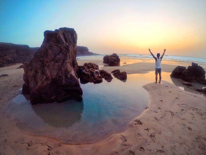 Goodmorning Fuerteventura! Beach Sunset Sun Vacations Nature Relaxation Summer Goodlife Gopro Shots Goprohero5black Gopro Sea Life Nature Ocean Fuerteventura Island Adult Love EyeEmNewHere One Person Beauty In Nature