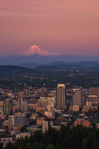 Portland Cityscape Mountain Architecture City Sunset Travel Destinations Scenics Portland Pdx Portland Oregon Travel